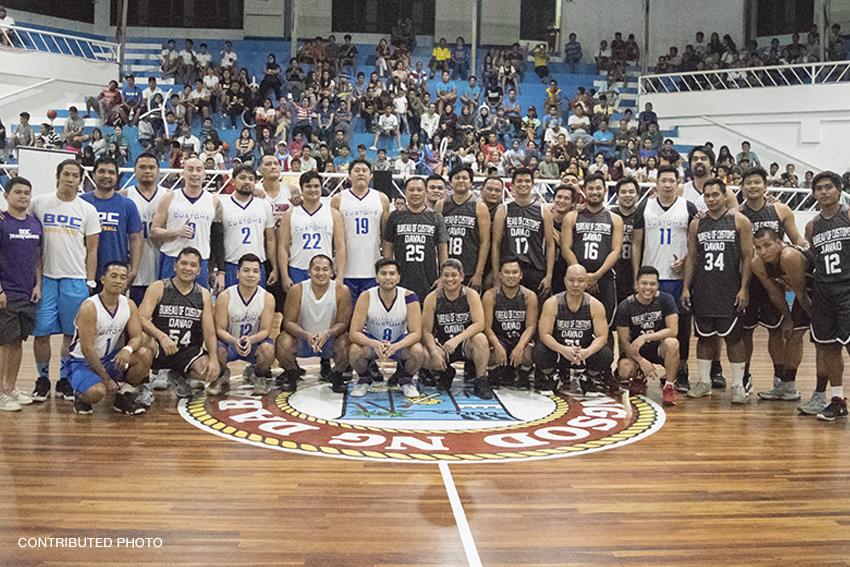 PBA stars Duremdes, Aquino coach Davao public school students