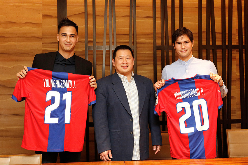 Younghusband brothers Phil, James sign contract with Davao Aguilas
