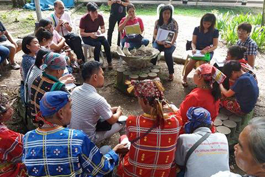 CHR assures Lumad group to probe attacks