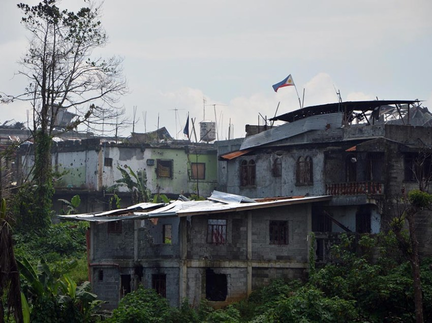 ​Gov't speeds up Marawi's recovery, evacuees want work, capital