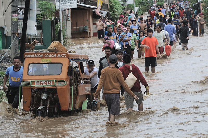 Over 500 families flee Cagayan de Oro's flood-prone areas