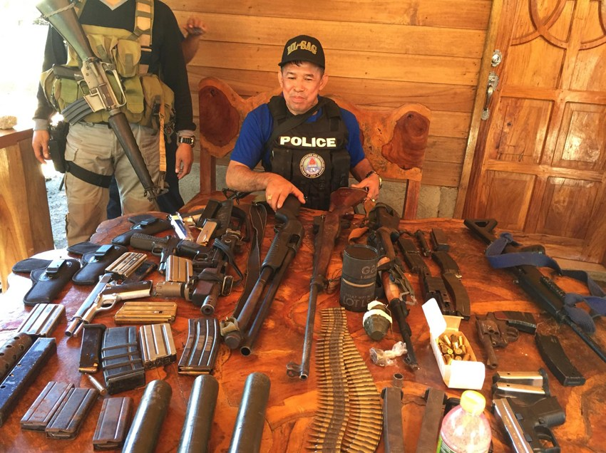 CIDG arrests Bukidnon village chief linked to Kuratong, nabs 18 others, seizes firearms