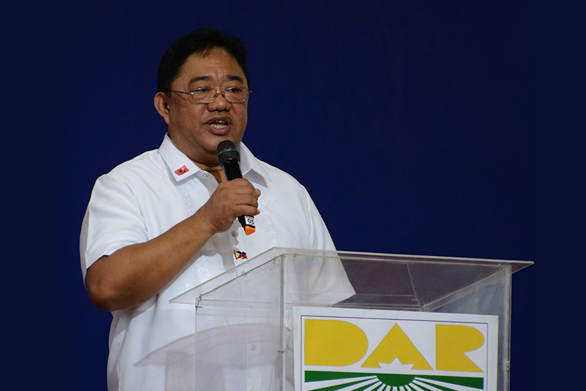 Militant farmers group rejects Castriciones' bid as DAR chief