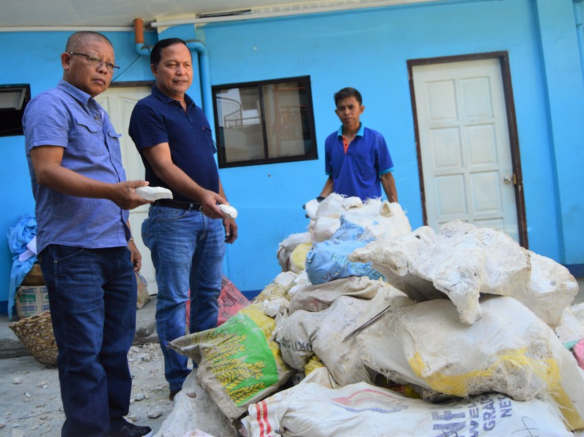 11 charged for transport of fossilized giant clams in Oro