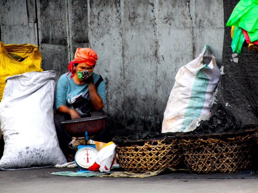 Solon asks gov't to extend cash aid to 5M poor families in GCQ areas