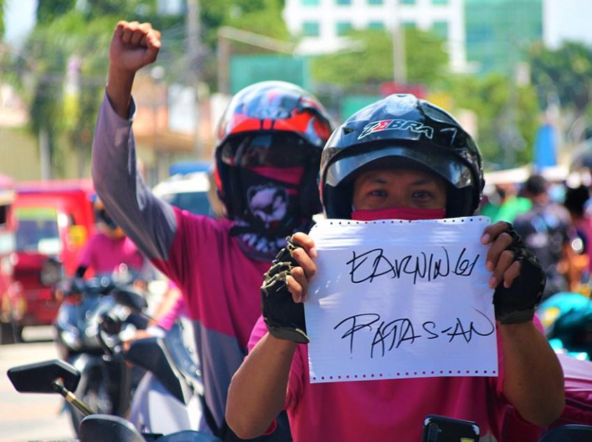 Foodpanda Davao riders protest low earnings, harsh policies