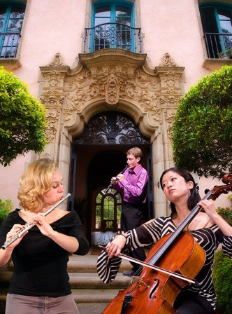 Music Academy of the West - Miraflores entrance with musicians 6/12/06
