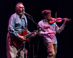 David Bromberg and fiddler Nate Grower at the Lobero Theatre 6/23/16