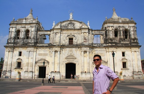 Made it to the largest cathedral in Central America!