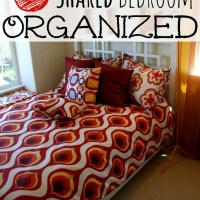 5 Ways to Keep a Shared Bedroom Organized