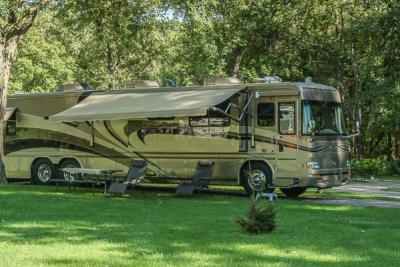 Our coach nestled in its spot at Pulpit Rock Campground