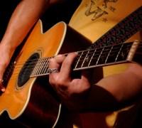Học đàn Guitar tại nhà các quận tphcm
