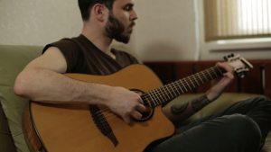 Kinh nghiệm để học đàn Guitar tốt