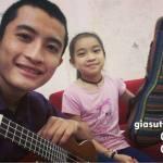 Cần gia sư dạy đàn Guitar tại quận Phú Nhuận
