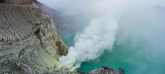 Java – Mount Ijen: Blue flames und gelber Schwefel
