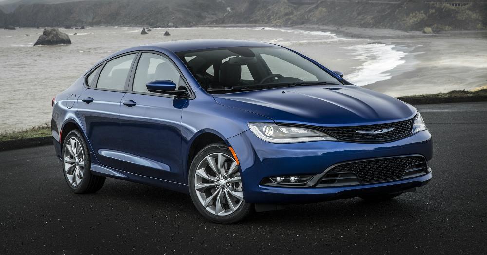 09.06.16 - 2017 Chrysler 200