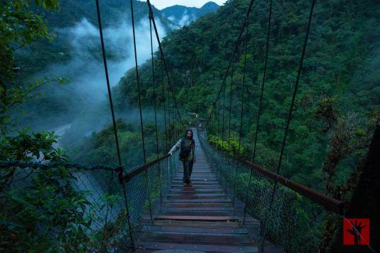 El camino hacia el Pailón del Diablo en Baños ofrecía un paisaje digno de cualquier película de aventura.
