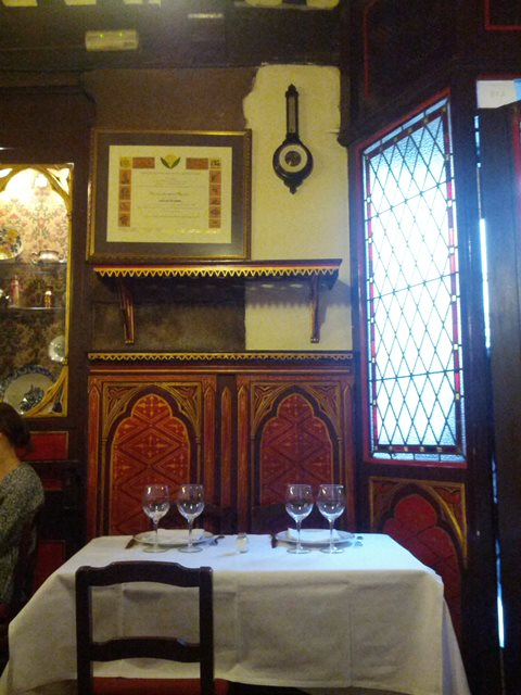 Table Hemingway may have dined at - photo by Dean Curtis, 2014