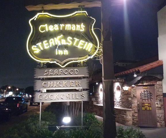 Clearman's Steak 'n Stein sign