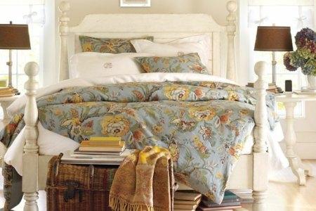 schlafzimmer dekoideen textilien shabby chic bettdecke blumenmuster