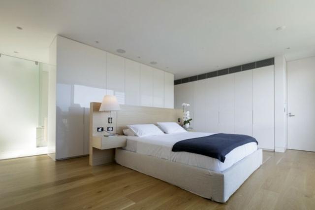 Schlafzimmer Badezimmer Trennwand Wei%c3%9fes Dopplebett Einbauschrank .