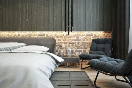 einrichten naturtonen urban schlafzimmer led wand leiste holzpaneel ziegel schwarze hangeleuchte