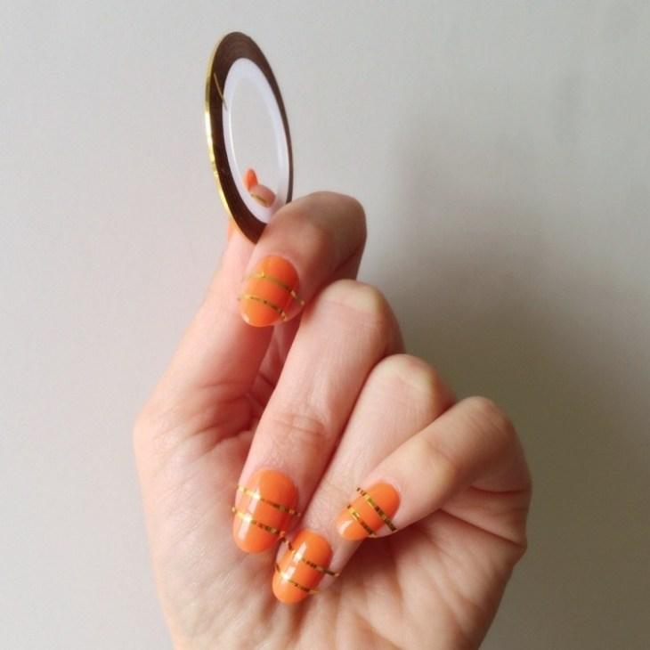 deco-ongles-bande-de-striping-tape-vernis-orange
