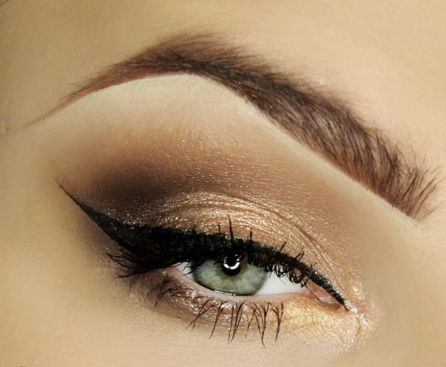maquillage-yeux-idee-ete--eye-liner-sourcils-smokey-eye