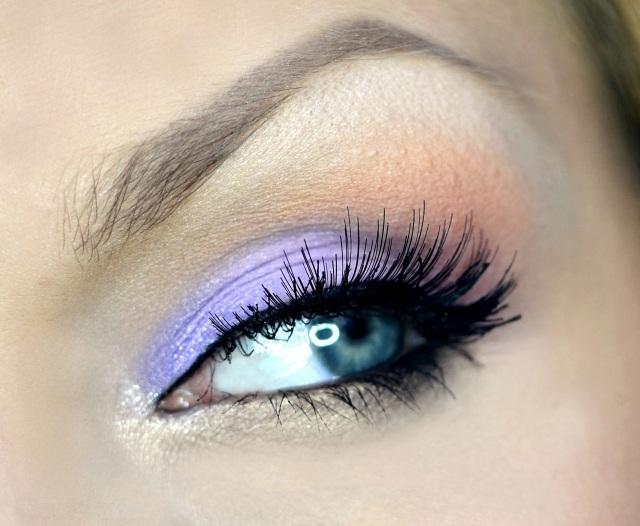 maquillage-yeux-idee-ete-fard-violet-mascara-smokey