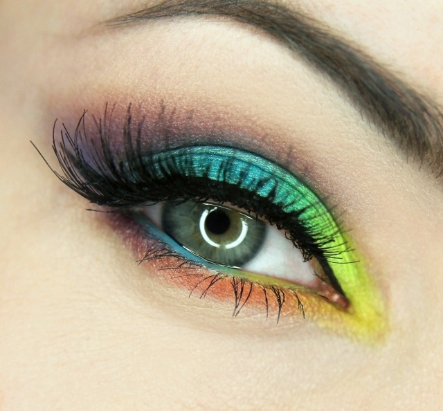maquillage-yeux-idee-ete--mascara-fard-paupieres