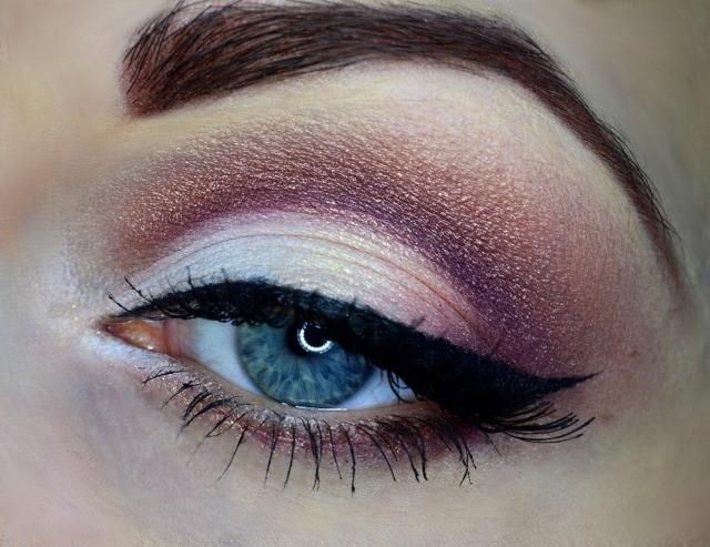 maquillage-yeux-idee-ete-smokey-eye-eye-liner