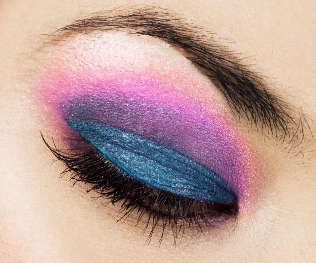 maquillage-yeux-idee-ete--smokey-eye-mascara-paupieres