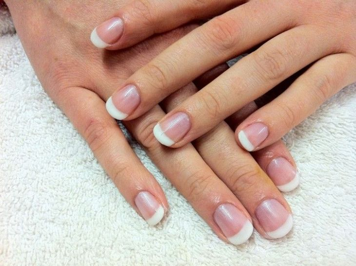 french manucure gel -classique-shellac