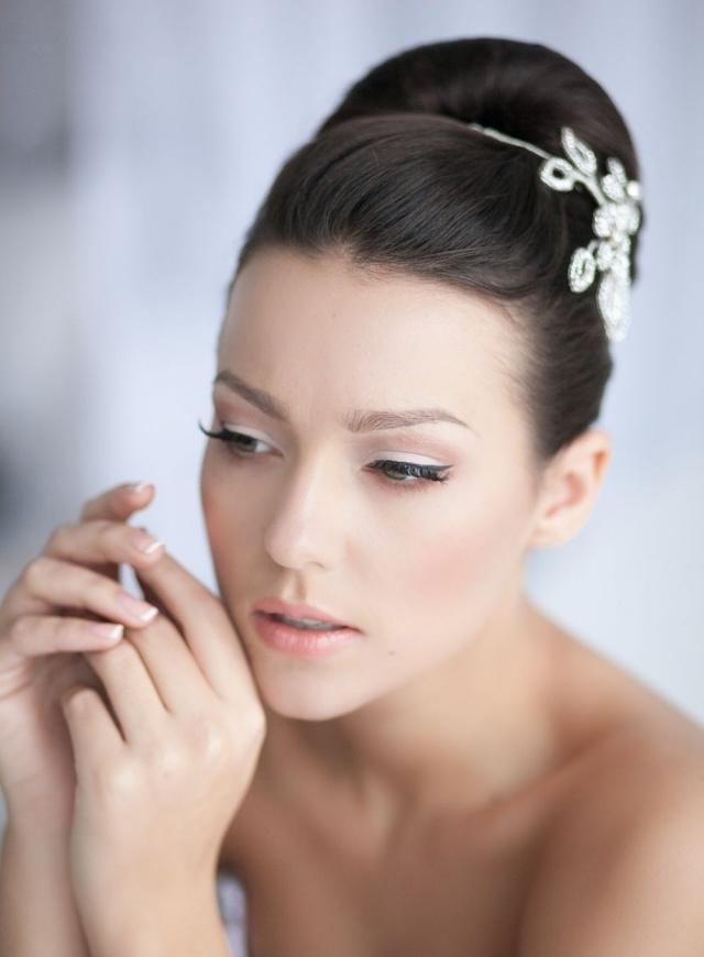maquillage-mariée-fard-paupières-blanc-eye-liner-noir-mascara