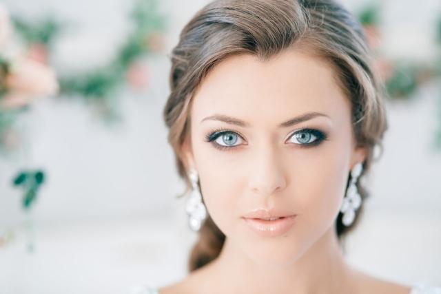 maquillage-mariée-naturel-smokey-eye-rouge-lèvres-nude