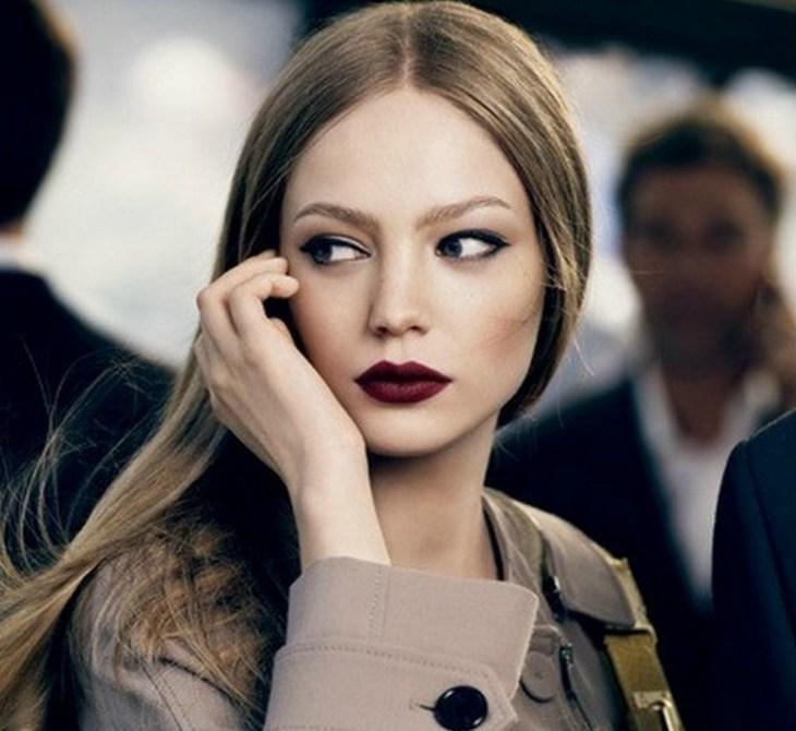 maquillage de soirée 2015-rouge-levres-bordeaux-fonce-eye-liner