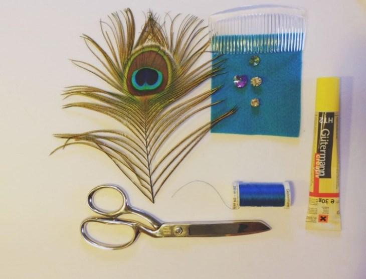 accessoire pour cheveux -peigne-cheveux-diy-deco-plume-paon