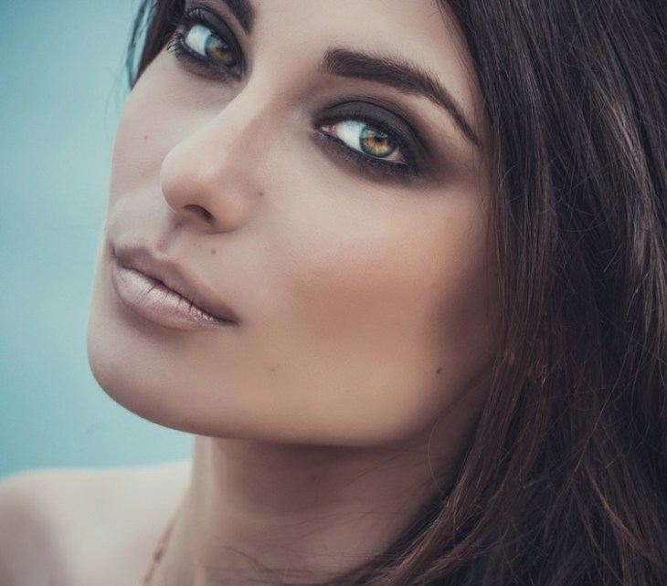 comment-maquiller-yeux-selon-forme-couleur-yeux-mabre-vert-smokey-eye