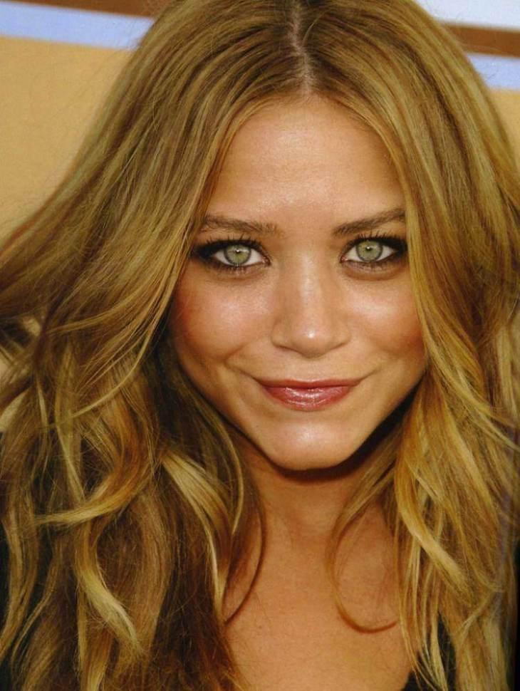 cheveux couleur caramel -blond-cheveyx-longs-yeux-verts-olsen
