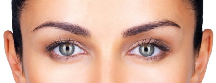 maquillage-nude-yeux-regards-naturel-fards-marron