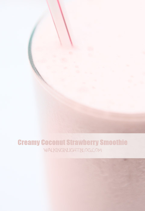 coconut strawberry smoothie