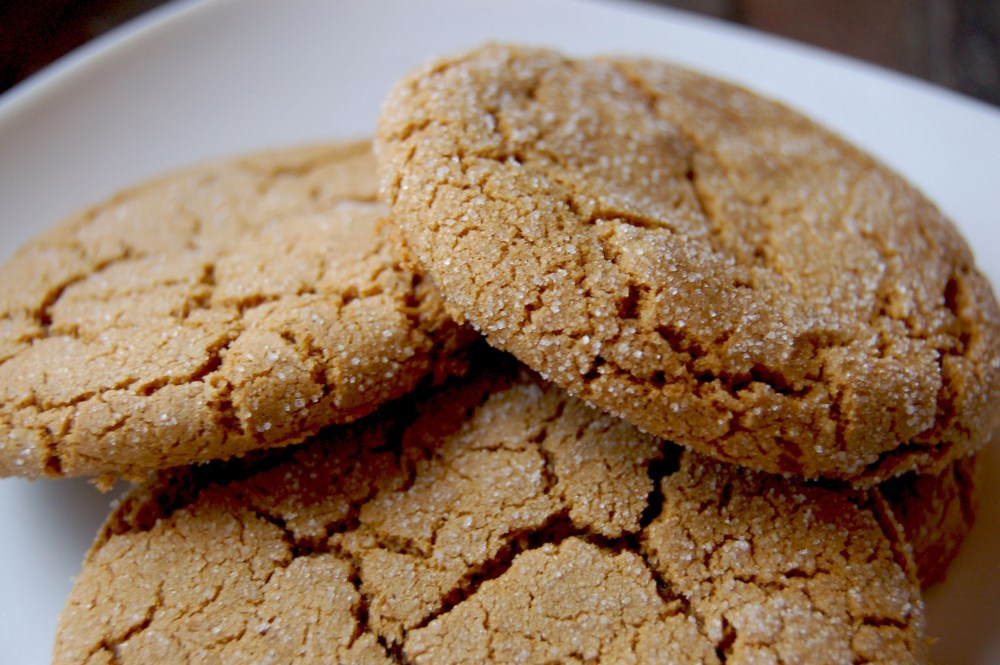 Crystallized Ginger Molasses Cookies (1/2)