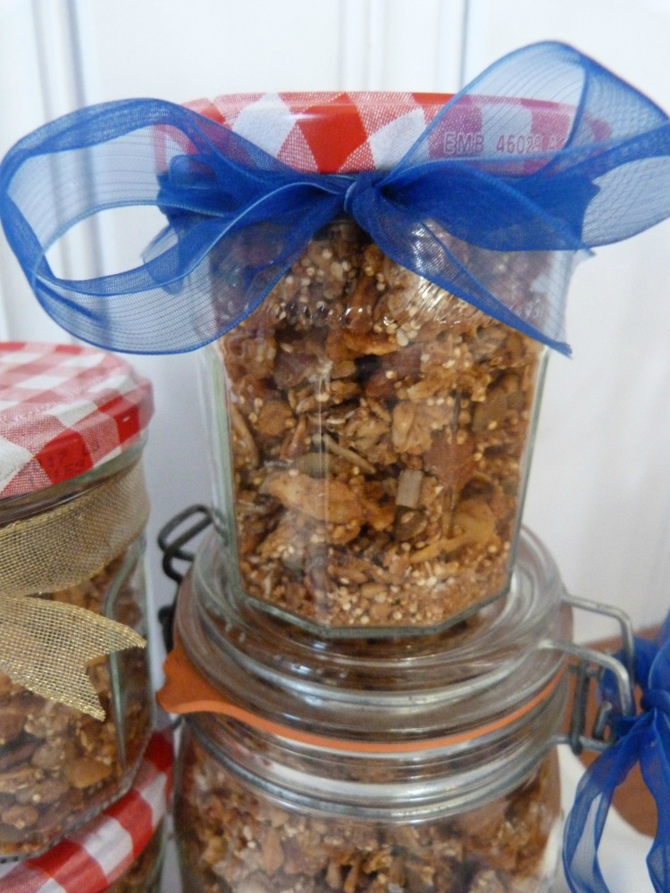 Granola with quinoa, nuts and seeds packed up for gifting!