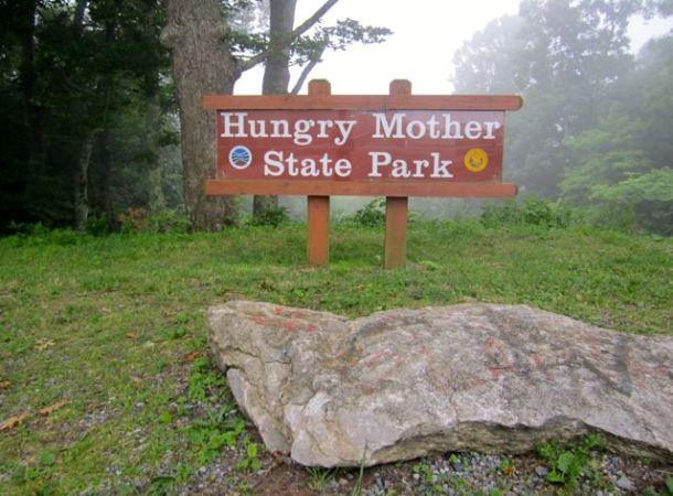 HungryMotherStateParkMountainSign