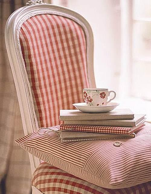 sillas-libros-algun-detalles-mas-1