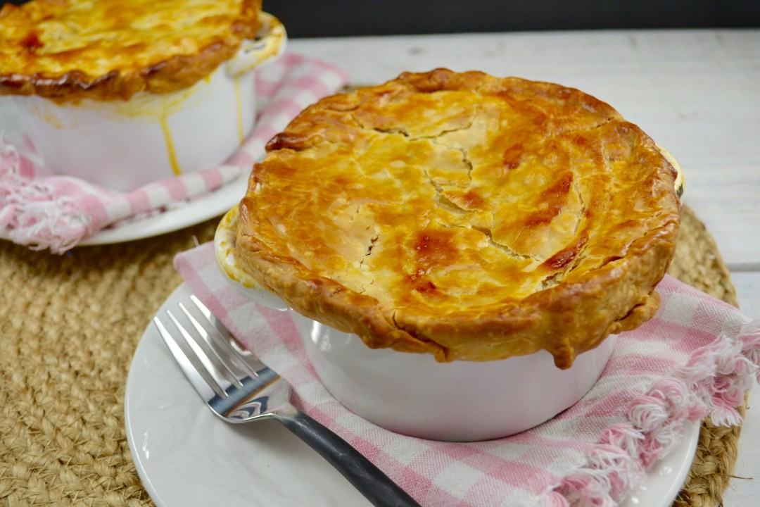 Individual chicken pot pie for Bella personal pie maker recipes