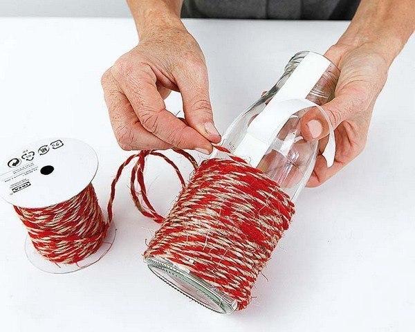 flaschen mit schnur dekorieren anleitung dekoking. Black Bedroom Furniture Sets. Home Design Ideas