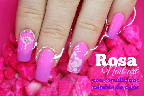 Video uñas Rosa con esmalte que cambia de color