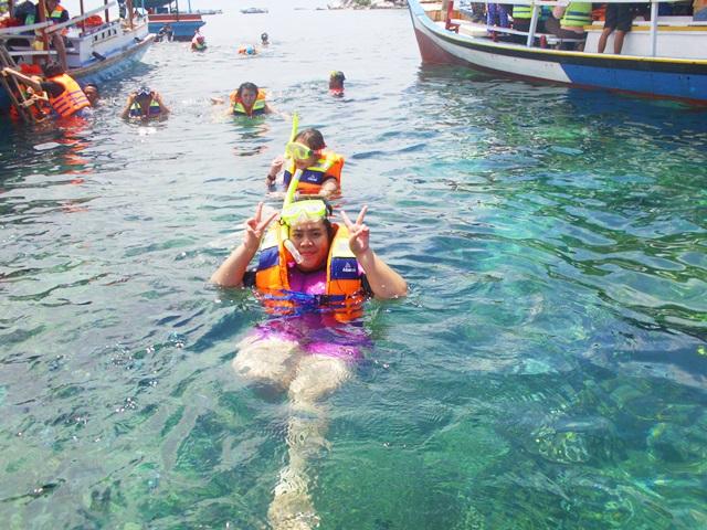 Snorkeling :3