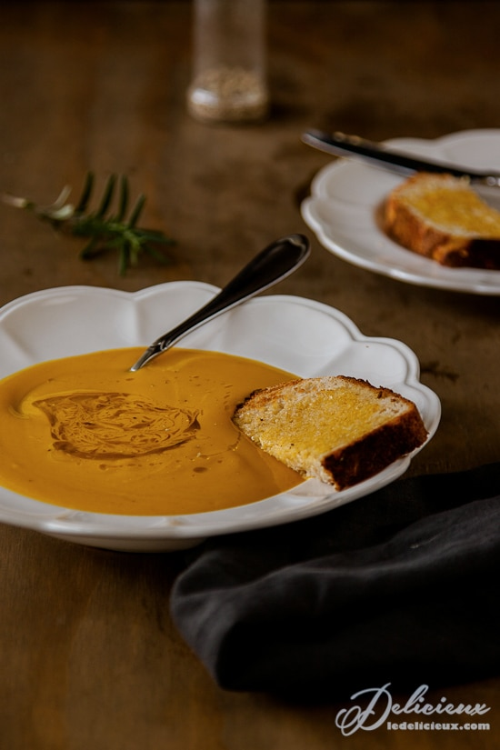 The ultimate lazy roasted pumpkin soup recipe | via deliciouseveryday.com